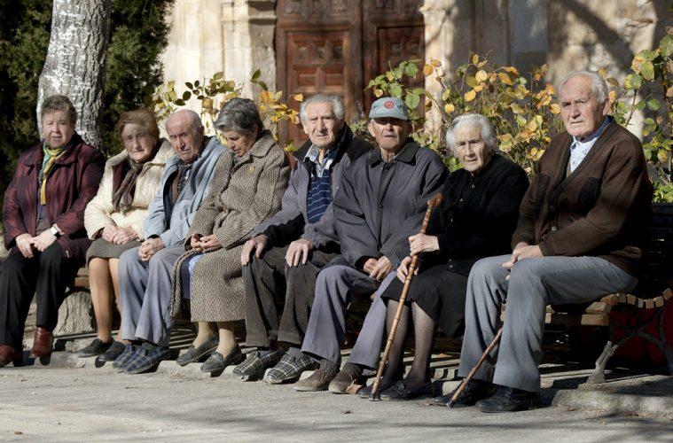 abuelos vejez despoblacion Aragon