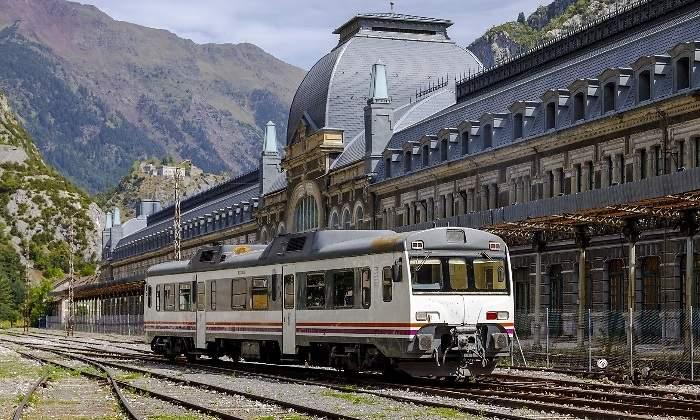 Las dudas sobre la electrificación de Canfranc que pone en jaque la reapertura internacional - HOY ARAGÓN