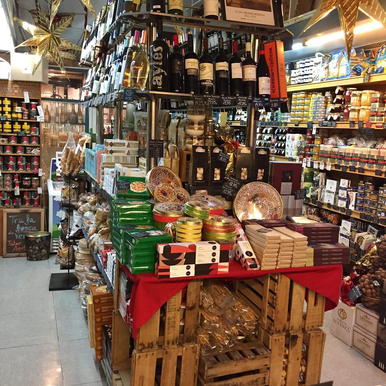 Esta tienda gourmet abrió en 1952 / MANTEQUERÍAS SANZ